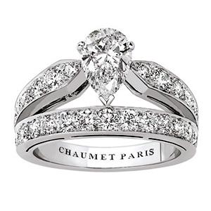 Bague Joséphine en Platine et Diamant Poire de 1 Carat Chaumet