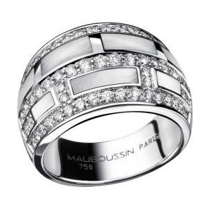 Bague le Vice et la Vertu Or Blanc Diamants Nacre Blanche Mauboussin