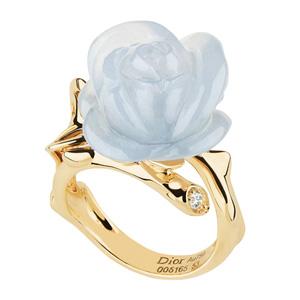 Bague Rose Pré Catelan Calcédoine Bleue Dior Joaillerie