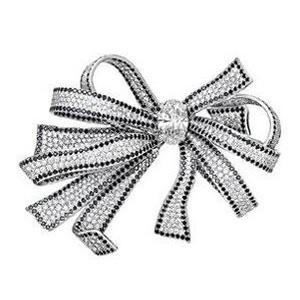 Broche Or Blanc Diamants Blancs et Noirs Chanel Haute Joaillerie