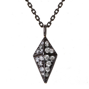 Pendentif Pyramide Or Noir et Diamants Gris de Deborah Pagani