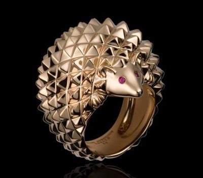 Bague Herisson: Or rose, Rubis, Diamants noirs
