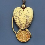Médaille coeur Or XVIIe siècle.