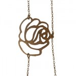 Collier Rose.