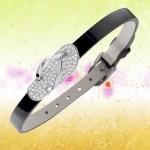 Bracelet Ipitonga en vente privée.