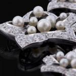 Collier Etoiles Diamants et Perles 23 322€ - Expertissim.