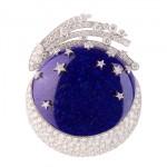 Clip Lune, De la Terre à la Lune - Van Cleef & Arpels - Voyages Extraordinaires.