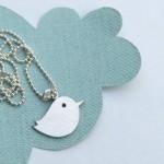 Pendentif Oiseau Insipration Twitter by Joanna Rutter.