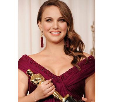 Boucles d'Oreilles Tiffany & Co sur Nathalie Portman - Oscars 2011