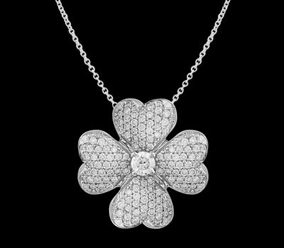 Pendentif Trèfle en Vente Privée sur Diamant Unique