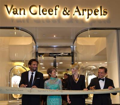 Inauguration Van Cleef & Arpels à Hong Kong