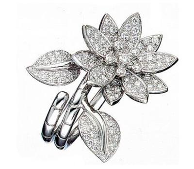 Bague diamants originale de Van Cleef & Arpels