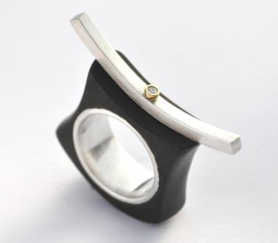 68e3385a402 Où trouver des boutiques spécialisées dans les bijoux en bois ...