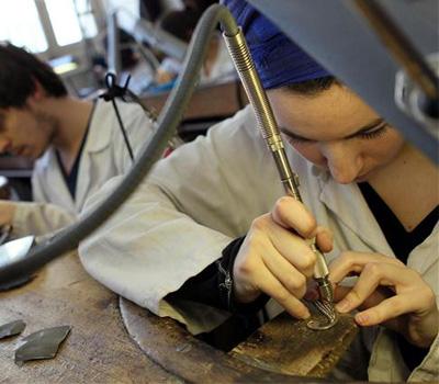 École de formation en bijouterie - joaillerie
