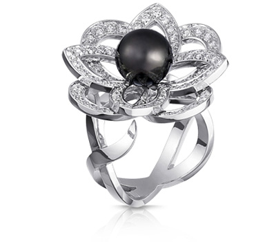 Bague Fleurs perle noire de Louis Vuitton Joaillerie