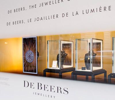 Vitrines De Beers Joaillerie - Paris Galeries Lafayette