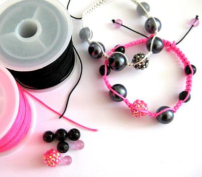 Fabrication d'un bracelet fil avec des perles