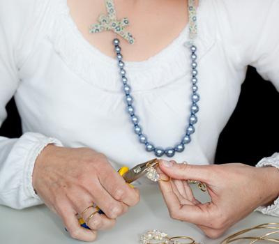 Création de bijoux faits à la main