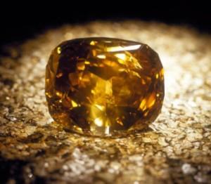 Diamant Golden Jubilée jaune et marron