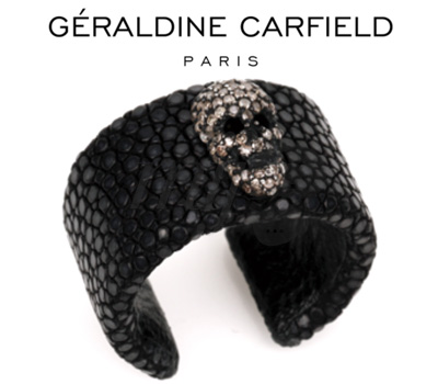 Bague galuchat skull de Géraldine Carfield